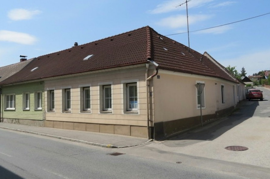 Village house for sale with large workshop attached